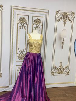 LarissaCoutureLV Purple Size 6 Lace Ball gown on Queenly
