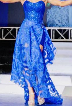 Fernando Wong Blue Size 2 Custom Train Dress on Queenly