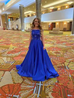 Blue Size 4 Train Dress on Queenly