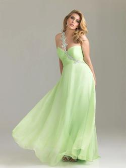 Style 6502W Madison James Green Size 28 Prom Pageant A-line Dress on Queenly