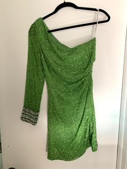 Sherri Hill Green Size 4 Cocktail Dress on Queenly