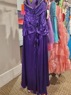Style 8815 Mori Lee Purple Size 12 Prom Straight Dress on Queenly