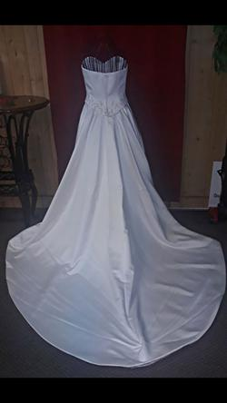Demetrios White Size 6 Sequin Wedding Jewelled Ball gown on Queenly