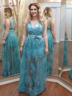 Larissa Couture LV Blue Size 6 Mini Lace Straight Dress on Queenly