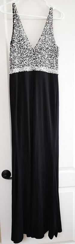 Black Size 8 Side slit Dress on Queenly