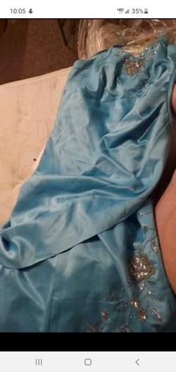 City Triangles Blue Size 22 Ball gown on Queenly