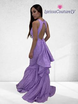 Larissa Couture LV Purple Size 6 Mermaid Dress on Queenly
