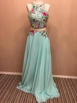 Larissa Couture LV Green Size 6 Two Piece Ball gown on Queenly