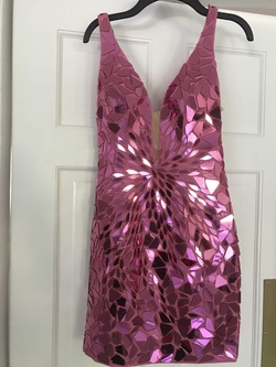 Sherri Hill Pink Size 00 Fitted Plunge Cocktail Dress on Queenly