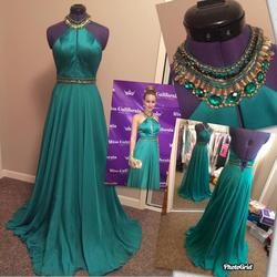 Sherri Hill Green Size 2 Gold Emerald A-line Dress on Queenly