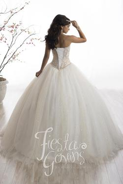Style 56328 House of Wu Fiesta White Size 2 Tulle Tall Height Lace Ball gown on Queenly