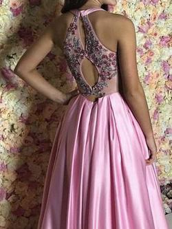 Vienna Pink Size 0 Ball gown on Queenly