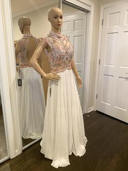 ALYCE PARIS White Size 10 Prom Train Dress on Queenly