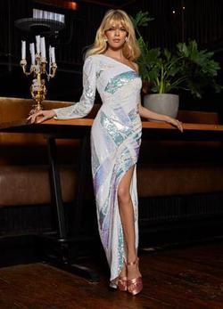 Ashley Lauren White Size 10 Long Sleeve Pattern Side slit Dress on Queenly