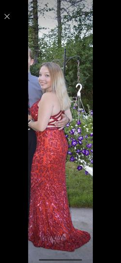 Mac Duggal Red Size 4 Short Height Mermaid Dress on Queenly