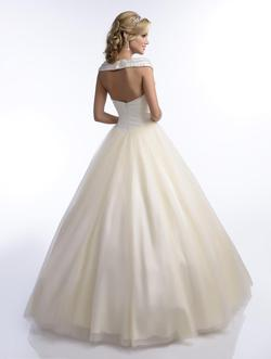 Style Q16002 Karishma Creations White Size 6 Quinceanera Tulle Corset Tall Height Ball gown on Queenly