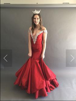 Ritzee Red Size 4 V Neck Sequin Mermaid Dress on Queenly
