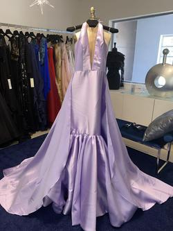 Fernando Wong Purple Size 2 Ball gown on Queenly