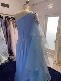 Fernando Wong Blue Size 6 Straight Dress on Queenly