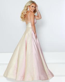 Style 91551 2Cute Prom Gold Size 18 Quinceanera Sweetheart Tall Height Ball gown on Queenly