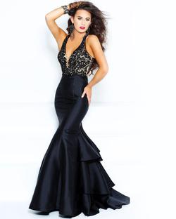 Style 71057 2Cute Prom Black Size 2 Nightclub Lace Mermaid Dress on Queenly