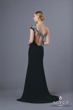 Style 35632 Alyce Paris Black Size 6 One Shoulder Backless Tall Height Mermaid Dress on Queenly