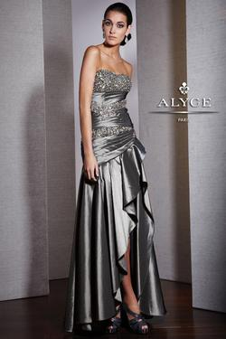 Style 5522 Alyce Paris Silver Size 4 Pageant High Low Side slit Dress on Queenly