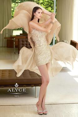 Style 6025 Alyce Paris Gold Size 6 Mini Train Tall Height Cocktail Dress on Queenly