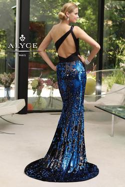 Style 6036 Alyce Paris Black Size 00 One Shoulder Jewelled Train Tall Height Mermaid Dress on Queenly