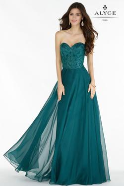 Style 6684 Alyce Paris Green Size 4 Tall Height Wedding Guest A-line Dress on Queenly
