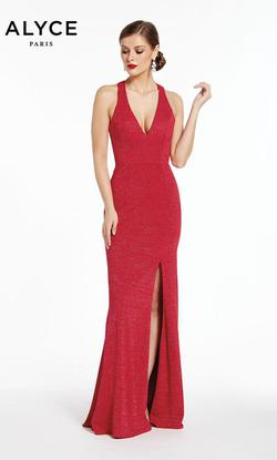 Style 1376 Alyce Paris Red Size 0 Prom Side slit Dress on Queenly