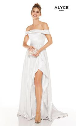 Style 60626 Alyce Paris White Size 6 Wedding Tall Height Side slit Dress on Queenly