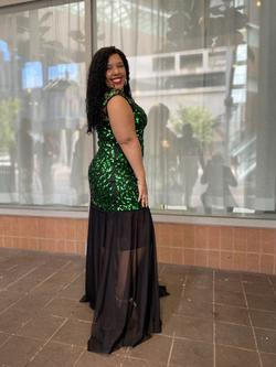 Green Size 16 Straight Dress on Queenly