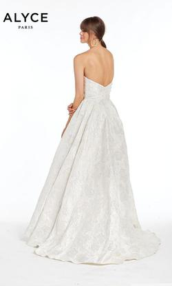 Style 1436 Alyce Paris White Size 4 Quinceanera Tall Height Ball gown on Queenly