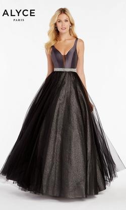 Style 60389 Alyce Paris Black Size 6 Quinceanera Belt Tall Height Ball gown on Queenly