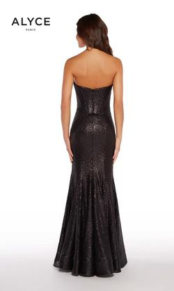 Style 60035A Alyce Paris Black Size 16 Prom Plus Size Pageant Mermaid Dress on Queenly