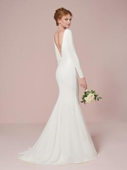Style 22964 House of Wu White Size 10 Wedding Train Tall Height V Neck Mermaid Dress on Queenly