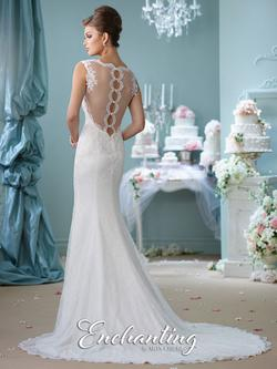 Style 116132 Mon Cheri White Size 14 Lace V Neck Mermaid Dress on Queenly