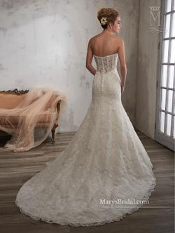 Style 6586 Mary's White Size 8 Tall Height Lace Mermaid Dress on Queenly
