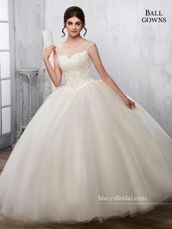 Style 2B844 Mary's White Size 26 Lace Ball gown on Queenly
