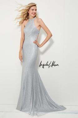 Style 81058 Angela and Alison Silver Size 2 Prom Straight Dress on Queenly