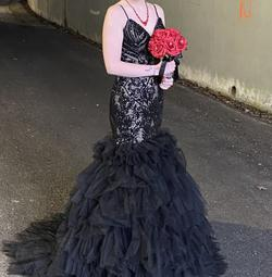 Mac Duggal Black Size 6 Tulle Train Mermaid Dress on Queenly