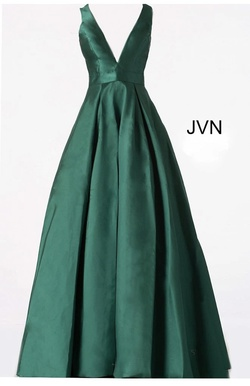 Jovani Green Size 4 Emerald V Neck Prom Ball gown on Queenly