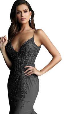Jovani Black Size 16 Mermaid Dress on Queenly