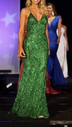 Ashley Lauren Green Size 4 Emerald Pageant Straight Dress on Queenly