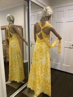 David's Bridal Yellow Size 8 Backless A-line Dress on Queenly