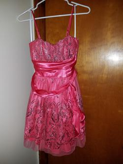 B. Darlin Pink Size 4 Cocktail Dress on Queenly