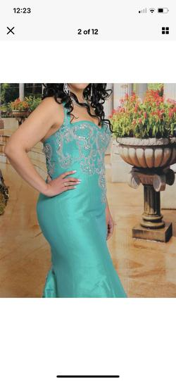 Green Size 12 Mermaid Dress on Queenly