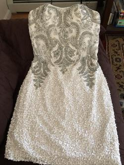 Scala White Size 2 Sequin Cocktail Dress on Queenly