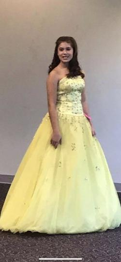 Mori Lee Yellow Size 2 Tulle Ball gown on Queenly